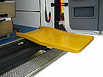 Carbon excerpt tray